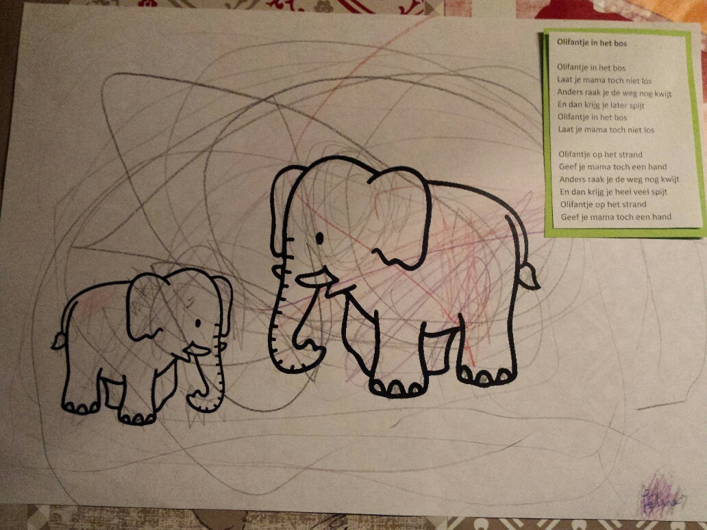 olifantje in het bos