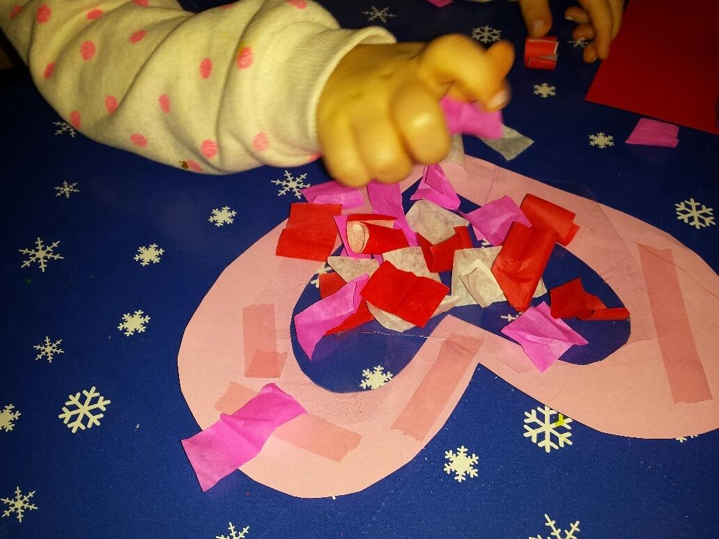 peuter knutselt hart DIY Valentijn knutsels