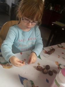 DIY herfstknutsels peuter