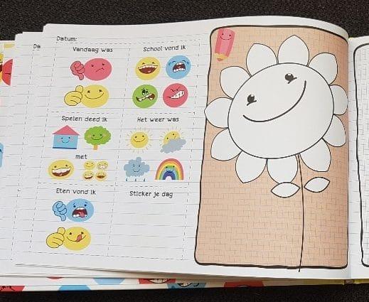 Kleutersmoeltjesschrift dagboek voor vakantie