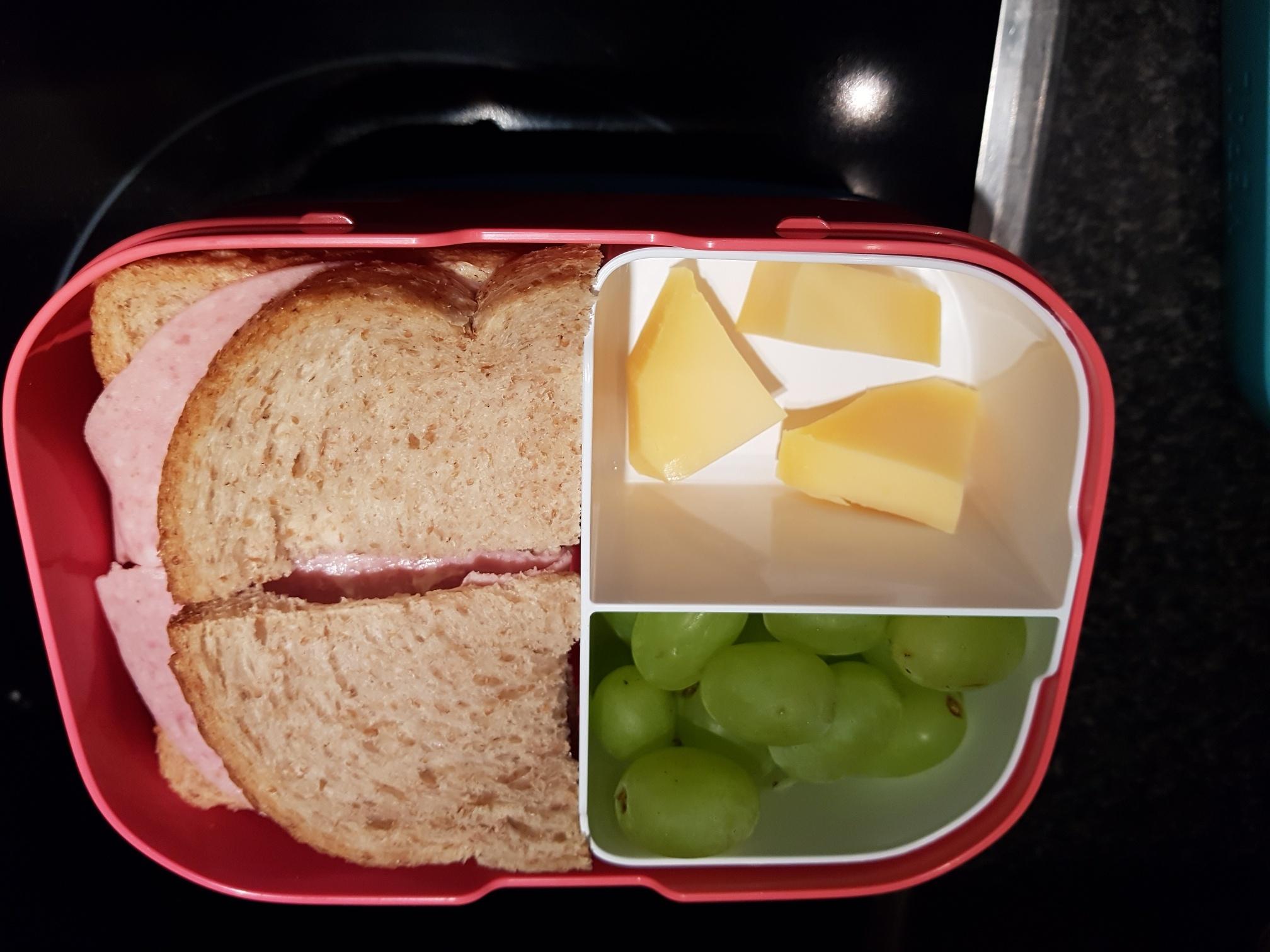 broodtrommeltje mee naar school
