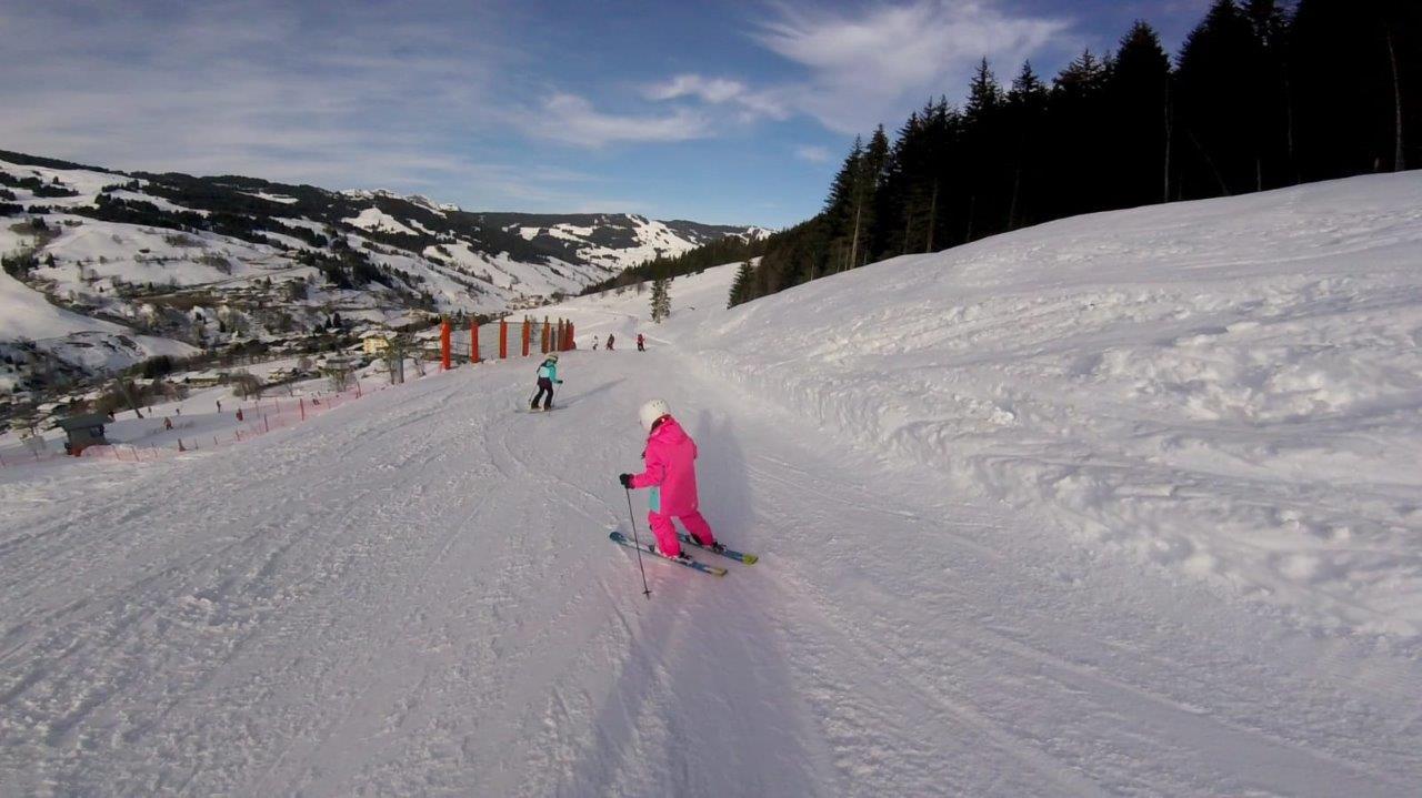 wintersport met kinderen skivakantie oostenrijk