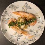 Coquilles met garnalen, groenterijst en gremolata