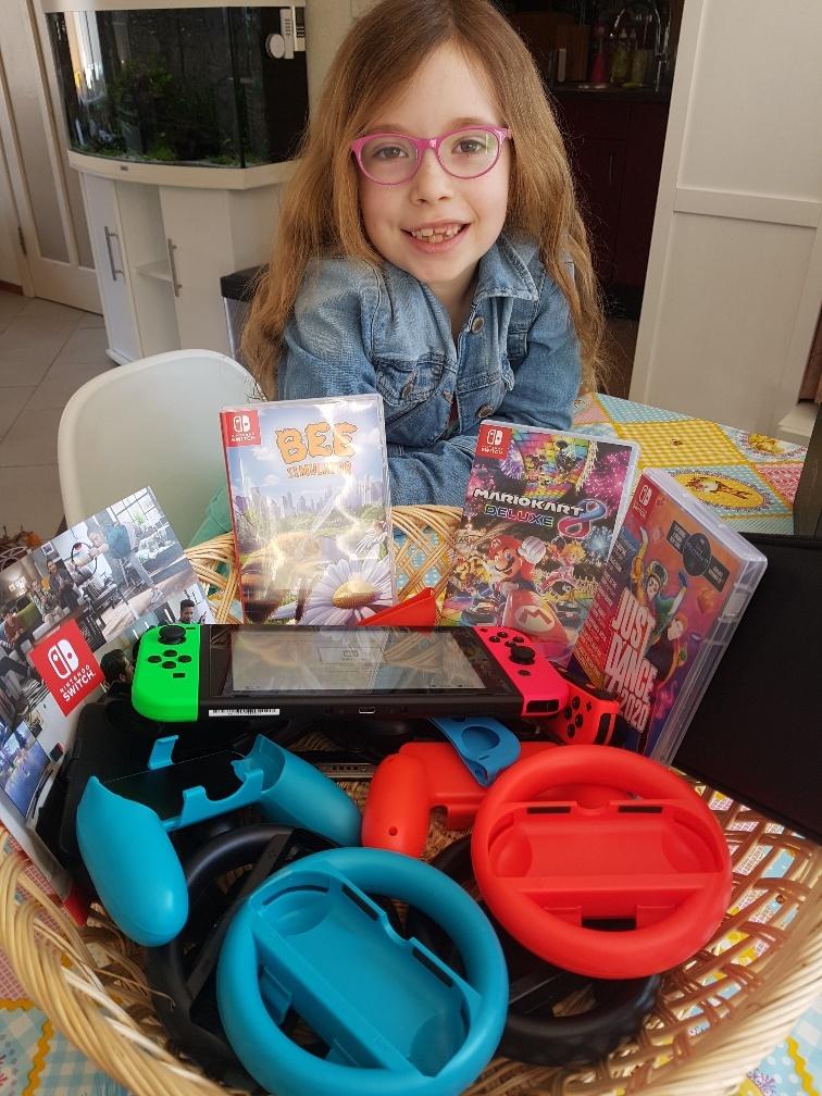jarig tijdens Corona mand vol cadeautjes Nintendo Switch