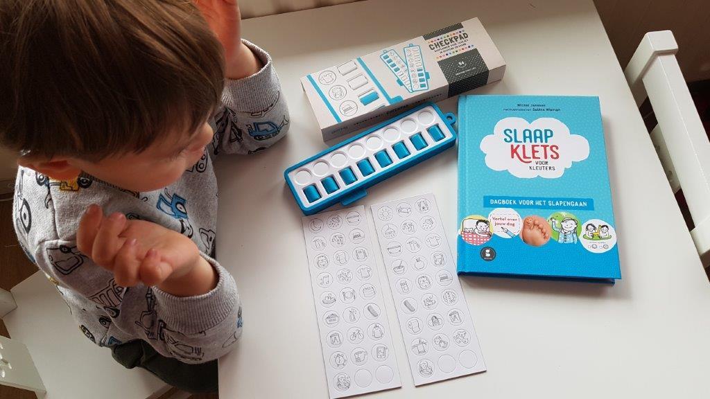 dagplanner voor kinderen en slaapklets van gezinnig