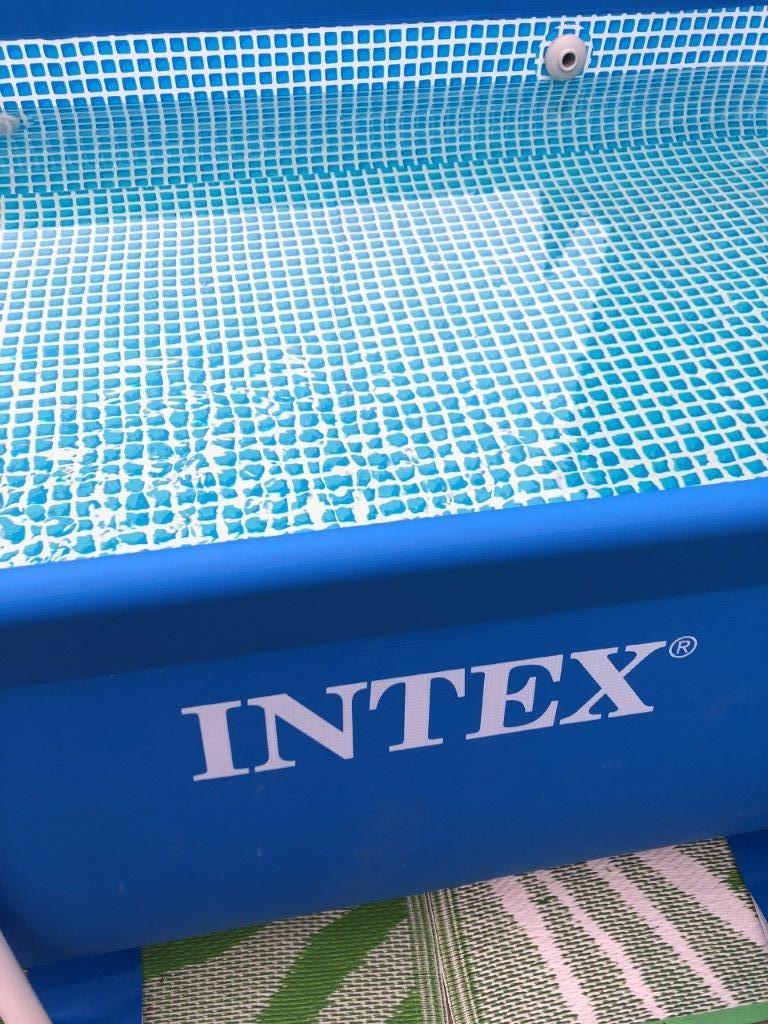 zwemseizoen zwembad van Intex
