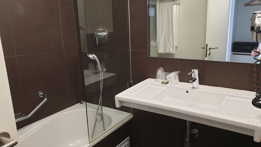 Alvor Baia Resort Hotel badkamer