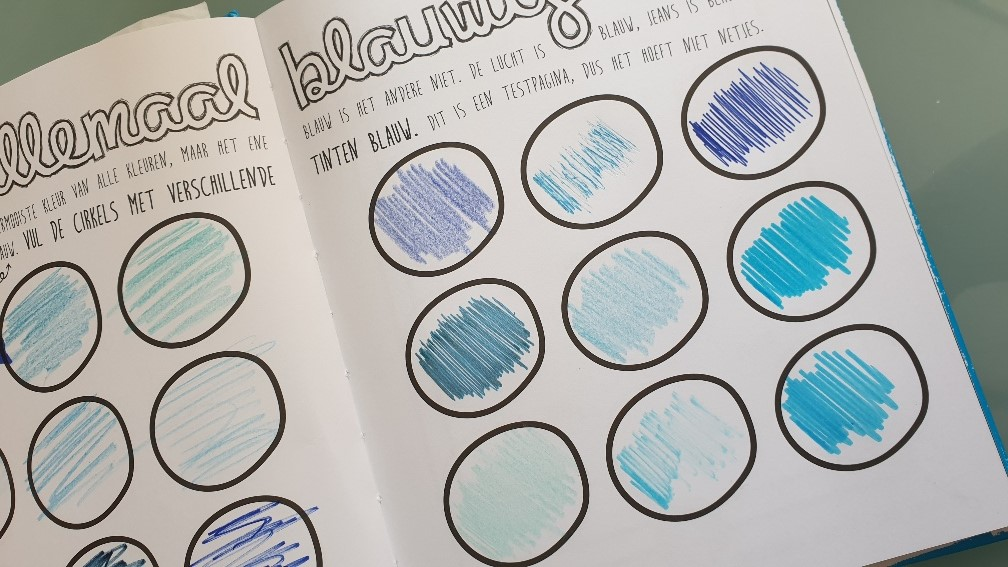 maak dit boek blauw