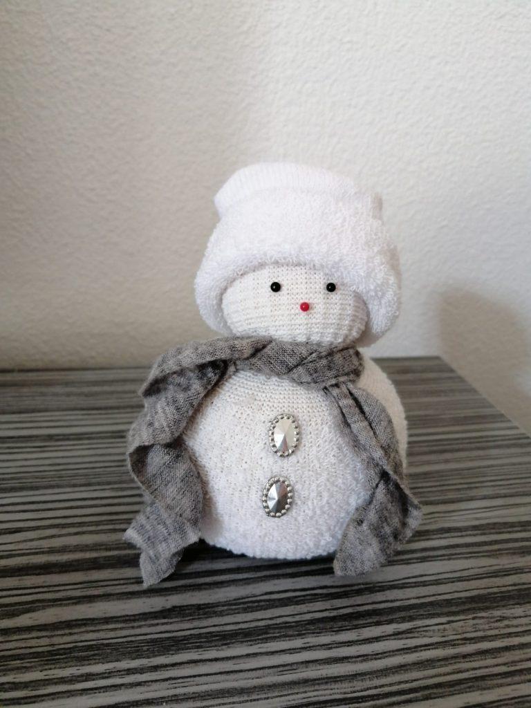 zelfgemaakte sneeuwpop