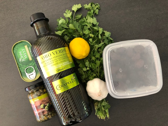 Recept zwarte olijventapenade