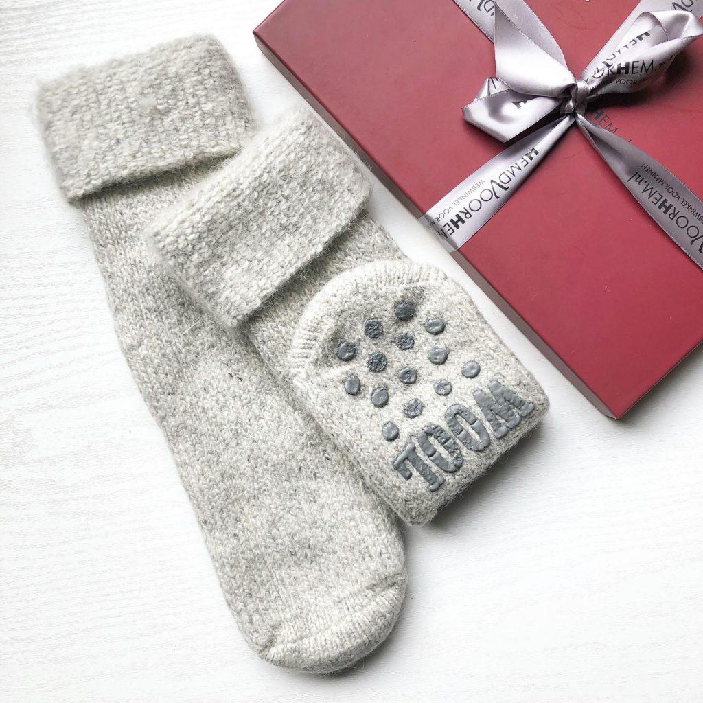 hemd voor hem en haar warme sokken