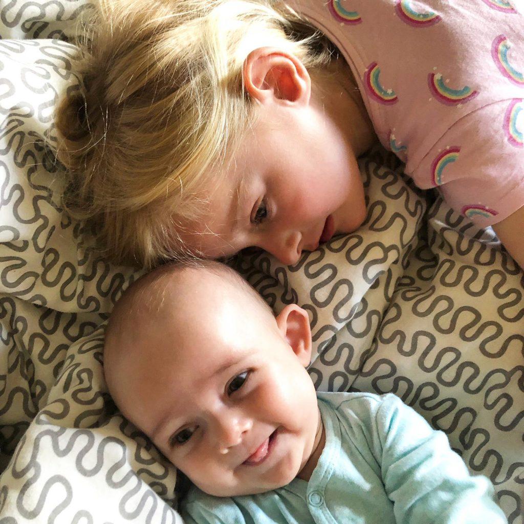 grote zus en kleine zus