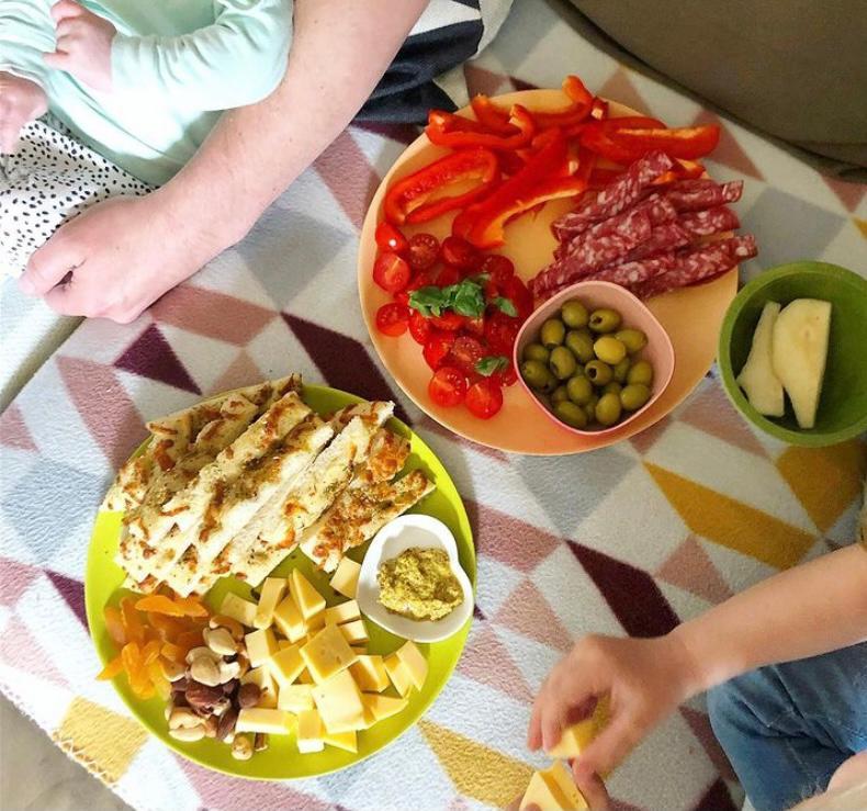 monkey platter gezond groente fruit worst hapjes