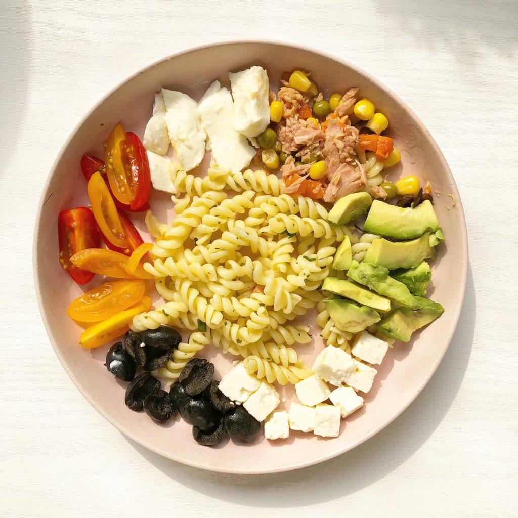 monkey platter gezond groente fruit pasta