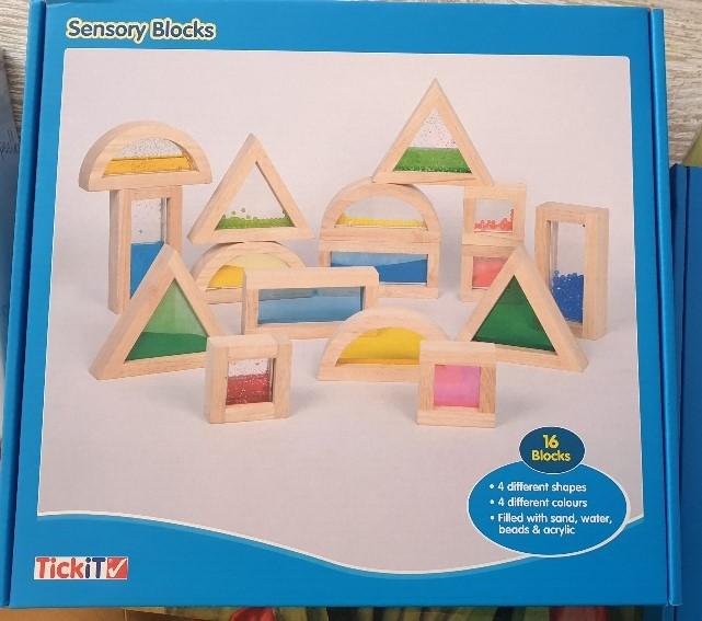 houten regenboogblokken sensorische blokken