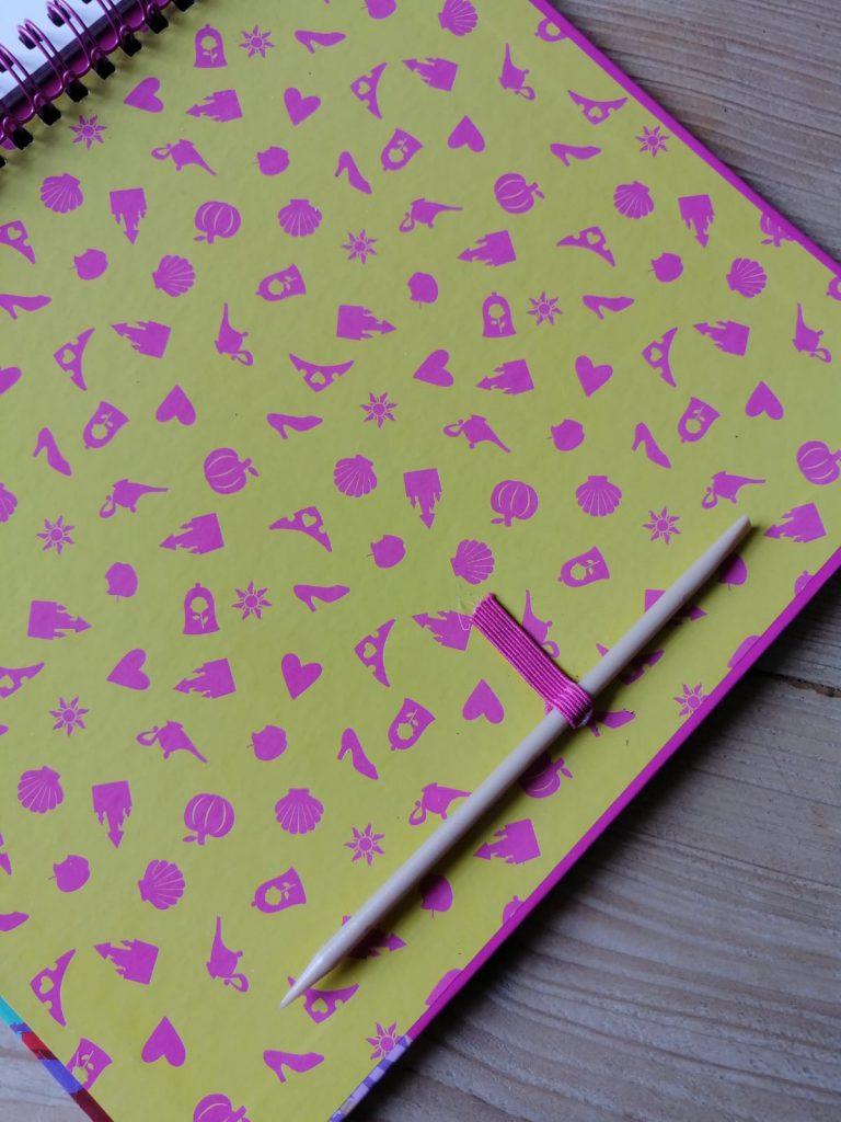 Totum princess scratch pad