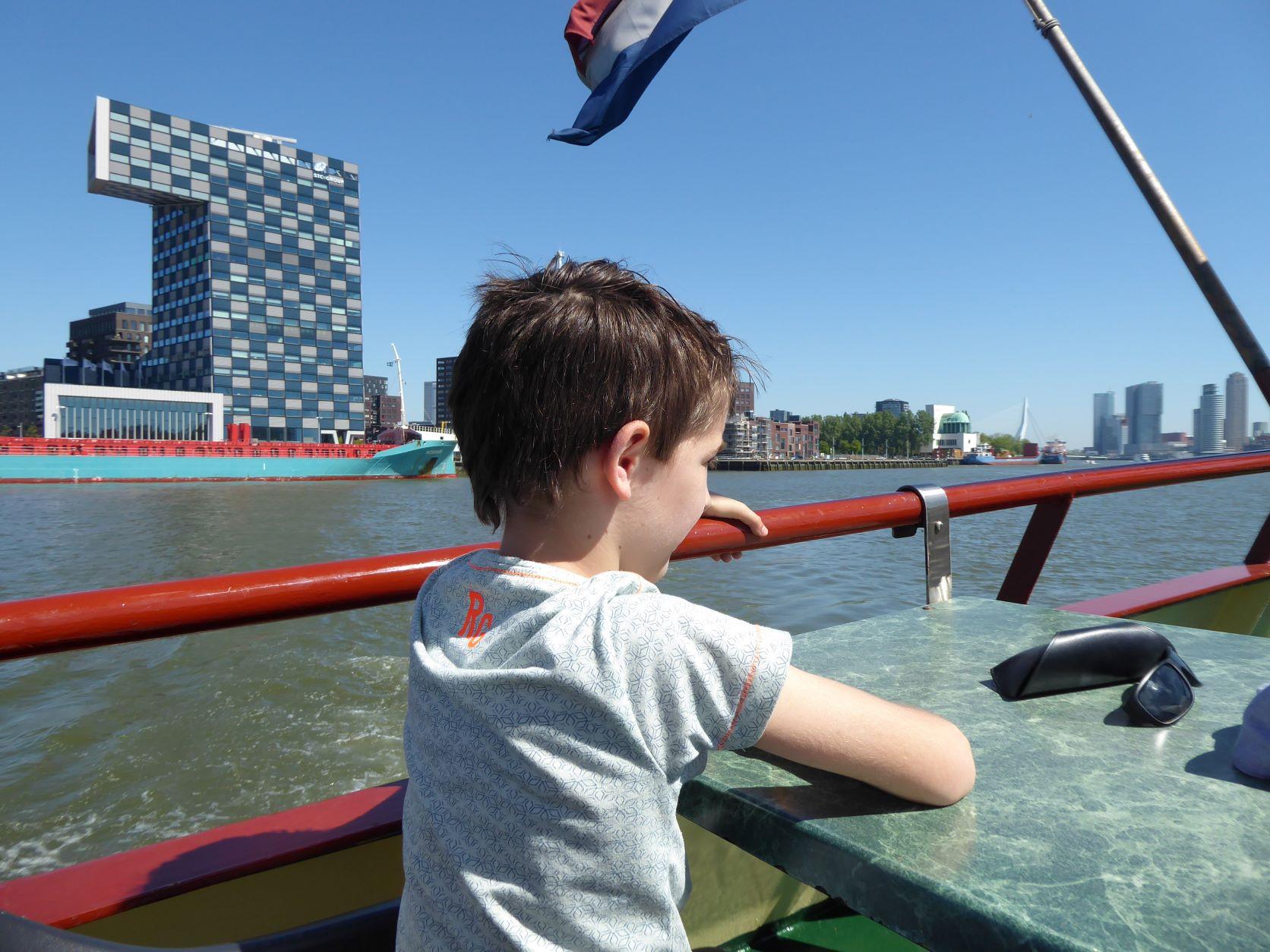 Bezoek Rotterdam met kinderen pannenkoekenboot